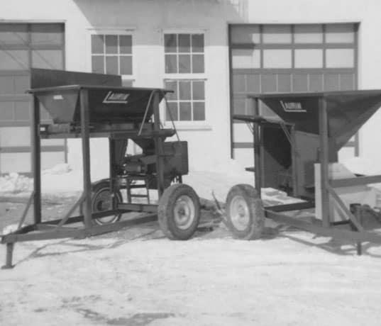 historique-emotteuse-a-terre-petit-gabarit-1971