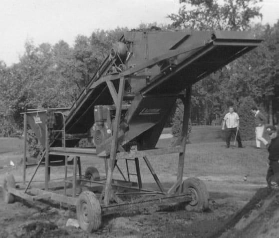 historique-emotteuse-a-terre-1971
