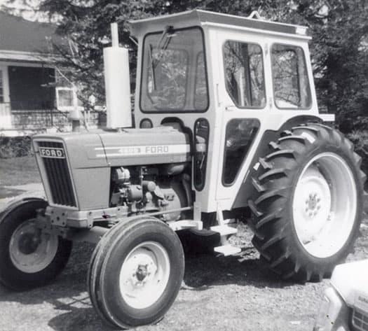 historique-premiere-cabine-de-tracteur-laurin-1980