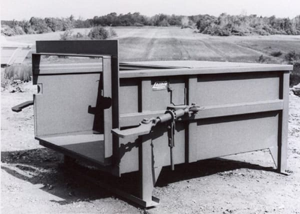 historique-compacteur-a-rebuts-1982